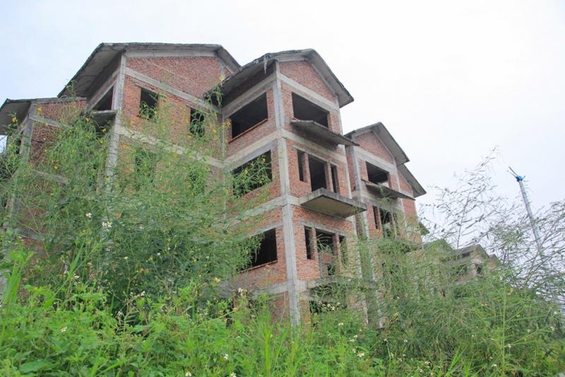 Lãi đậm nhờ đầu tư biệt thự, nhà phố bỏ hoang